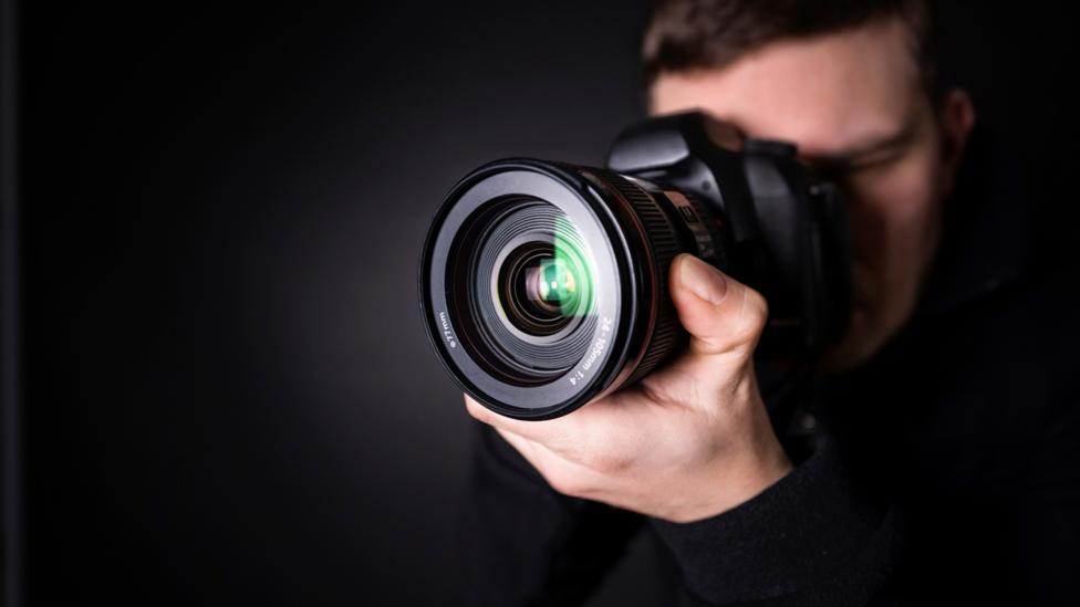 A more visually biased student might take more pictures on a field trip, researchers found (Credit: iStock)