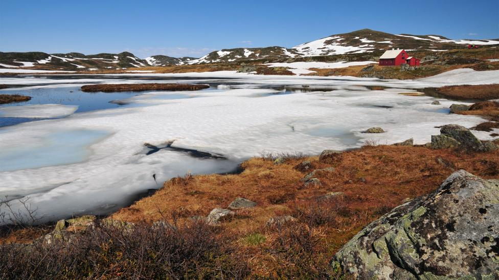 An iced-over lake in Norway's Hardangervidda national park, home of the famous Telemark Raid of 1942 (Credit: Alamy)