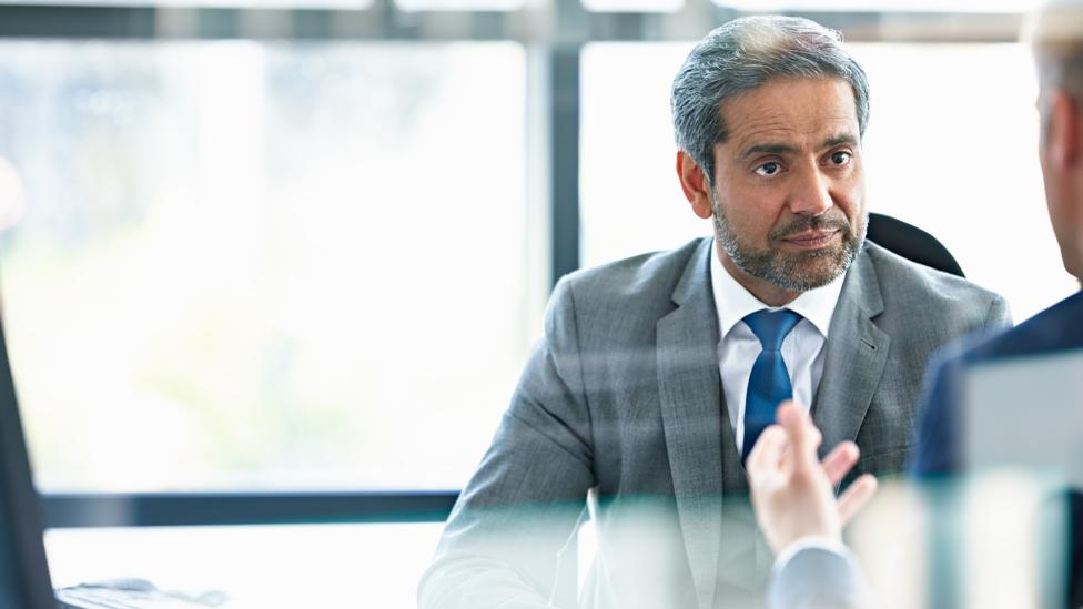 In business negotiations, a pause between someone speaking and your response can be a surprisingly powerful tool (Credit: Getty Images)
