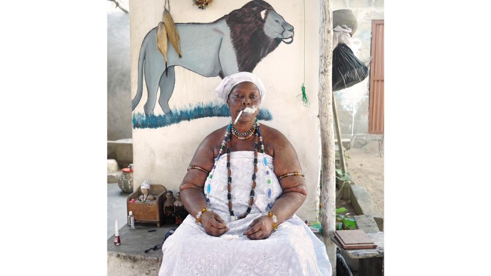 Nicola Lo Calzo's photo of a voodoo priestess in Benin, Idelphonse Adogbagbe, is part of a project about colonial slavery (Credit: Nicola Lo Calzo/L'agence à Paris)