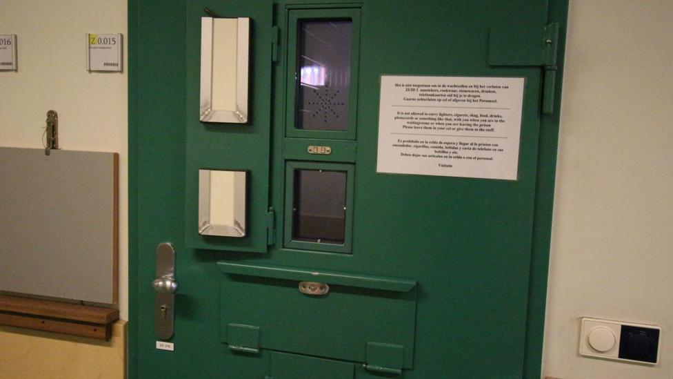 "This ""wacht cell"" (waiting cell) is where prisoners first arrive before they are assigned their own cell (Credit: Melissa Hogenboom)"