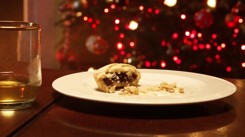 Knowing what to do with those pesky leftover mince pies can be tricky after eating several rounds of them in the run up to Christmas (Credit: Getty Images)