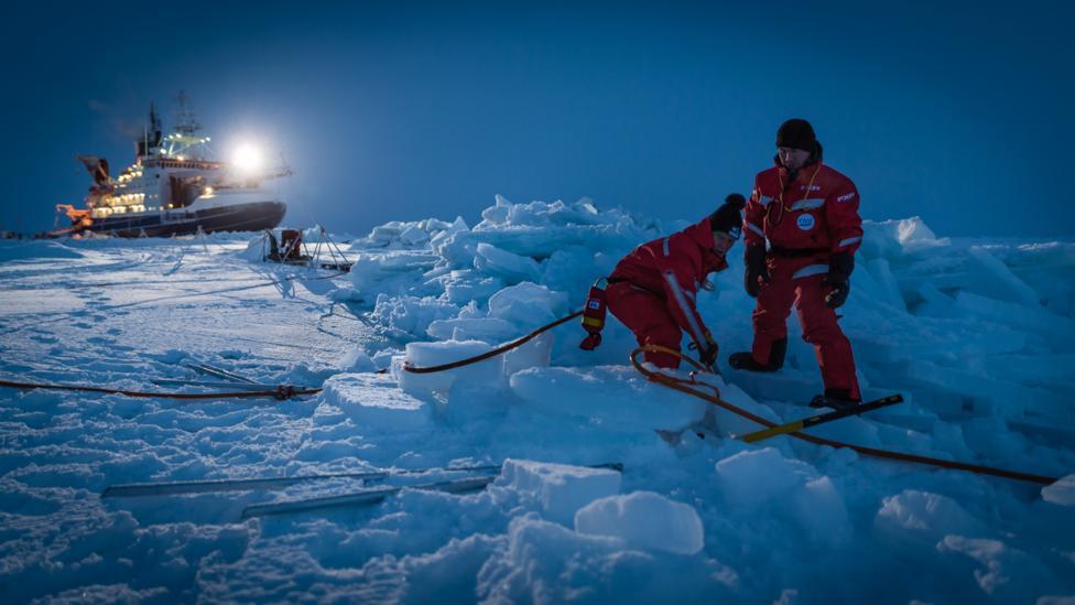 German icebreaker Polarstern (Credit: AWI/Stefan Hendricks)