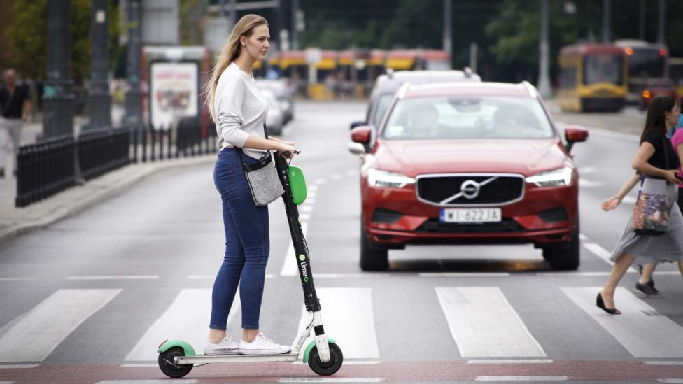 Even monitoring your carbon footprint, without adding incentives for cutting it, can encourage people to reduce their emissions (Credit: Getty Images)