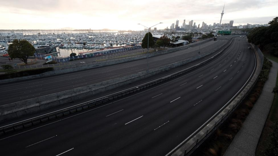 Motorways have emptied in Auckland, New Zealand (Credit: Getty Images)